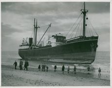 Shipwrecks/Accidents: Boat ashore at Horsey.