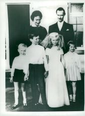 Princess Marie Astrid with her brother Prince Henri in the middle. Behind them are the parents Jean and Josephine Charlotte