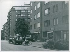 People moving due to requisition of flats by Germans in Norway.