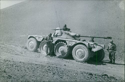 Tank together with four soldiers in Algeria. 1963