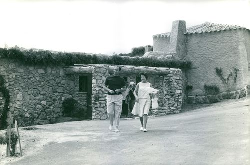 Princess Margaret, Countess of Snowdon walking outside with a man.