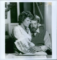 "Donald Sutherland as Ben du Toit and Janet Suzman as Susan du Toit in a scene from the film ""A Dry White Season"", 1989."