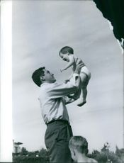 MIke Tod in Malaga with the kids. 1959