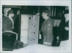 Dublin Nazi Embassy: Americans looks into massive safe weighing 2 and 1/2 tons.