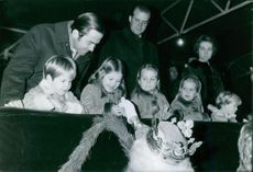 Juan Carlos with his children in a show