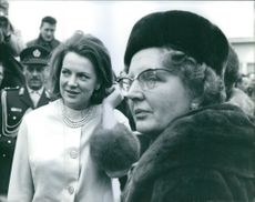 Princess Irene photographed with other people. 1964