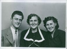 Henry Christian Thomsen left his wife Ellen with children Franti and Annalisa