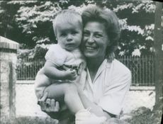 Vintage photo of Emmanuel Malliart when he was still a baby and his mother. Memories before the murder of Emmanuel Malliart in 1967.