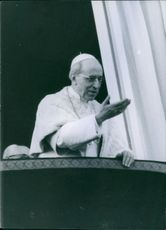 Pope Pius XII having a mass.