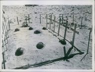 A photograph of graves of Lt. General Gott and others. 1942.