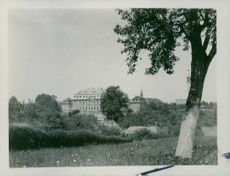 A view of Castle Neusorge, 1933.