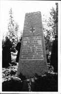 Memorial stone of an overthrown Junkers W34 air ambulance where all perished