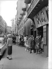 People were falling in line outside the theater where the stage  play adaptation of Zazzie in the Subway was showing.