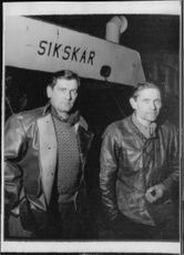Crew men who went under their ship, the barge Sikskär, Tage Sjöstrand and bargesman Nikolaj Pietrusiewicz