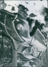 A car that crashed with a spruce after ice-cream