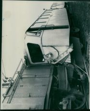 The shift train penetrated the railroad bus line