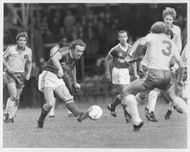 Ian Bowyer fights in football match for Nottingham Forest