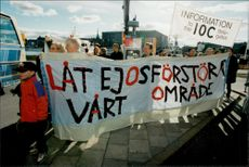 Demonstration against us in Stockholm outside the Grand Hotel