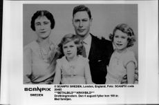 Queen Elizabeth, together with the husband King George VI, and the children Elizabeth II and Princess Margaret.
