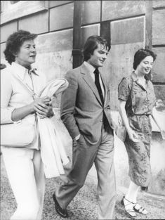 Ingrid Brrgman with the children Robertino and Isabella Rossellini
