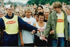 The start of the Tjejmile 1998 in Stockholm