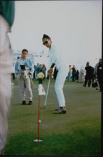 Barbara Becker shows her skills on the green during her stay in Qatar.