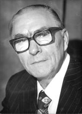 1975 British Trade Unionist: John Boyd, General Secretary of the Amalgamated Union of Engineering Workers (AUEW), SINCE 20th May 1975; Born in Motherwell, October 1917; served as an engineering apprentice in the iron and steel industry; became a full time