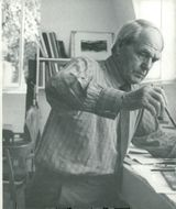 Sculptor Henry Moore. On the back: A sculpture
