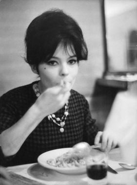 Pascale Petit eating.