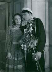 "Signe Hasso and Alf Kjellin in the film ""Den ljusnande framtid "", 1941."