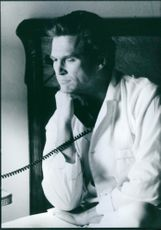 """Jeff Bridges as Gregory Larkin in the movie """"The irror Has Two Faces"""" 1996"""