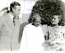 Lord and Lady Mountbatten with Mr. Ghandi