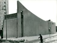St. Answers Church in Traneberg, designed by architect SAR Olof Malmgren. Behind the church, t.v. see the FFU student hotel