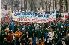 France, demonstrations. Around 200 000 striking unionists demonstrate in Paris