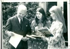 Arthur Brian Deane Faulkner with his daughter and friend.