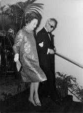 The Duke and Duchess of Windsor going down the staircase