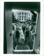 Richard Nixon is about to board an aircraft outside the White House