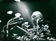 Konrad Adenauer giving speech.