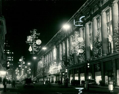 The Oxford street Christmas illuminations .