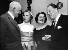 60th anniversary of Medelpads guild. Pictured: file. Dr A. Enquist, Chairman K. Öhrling, opera singer H. Schymberg and opera singers SE. Jacobsson.