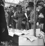 The Red Cross has been marketed in the Kungsträdgården - 7 May 1944