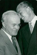 Vjatjeslav Molotov and British Chief Delegate Sir Anthony Nutting when the tenth UN session was opened