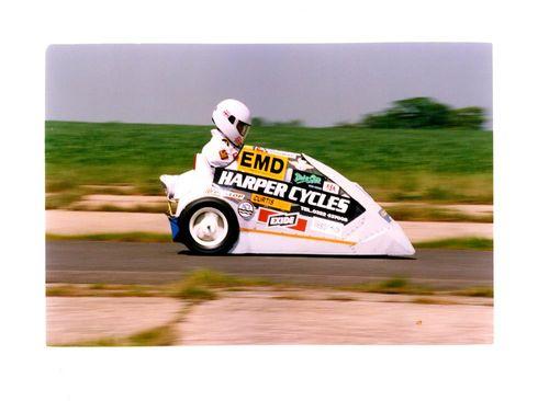 Adam Harper Unoficially broke his own world land Speed record of 72mph a modified C5 electric car.