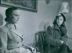 Inga Tidblad on a scene of the movie : Divorced (Swedish: Frånskild).