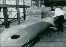 A huge steel section, the component of super gun.
