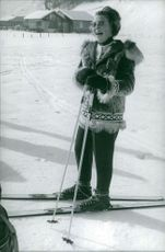 Princess Beatrix of the Netherlands laughs as she ski.