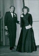 Beatrix and Claus of the Netherlands arriving.