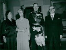 Swedish King Charles Gustaf VI Adolf and Queen Louise together with the presidential couple at the castle in Helsinki.