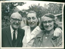Miss Mary Ranson with her parents.