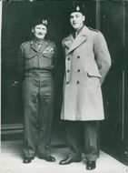DAvid Montgomery, newly appointed sublotant, posed with his famous father outside the ministry of war